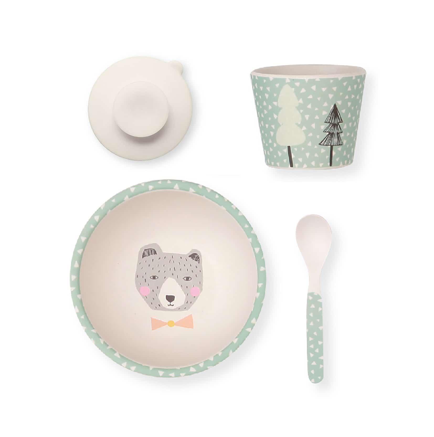 Coffret repas pour bébé : quelle matière privilégier dans ce type de vaisselle ?